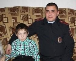 В Башкирии участковый спас 8-летнего мальчика, замерзшего в колодце
