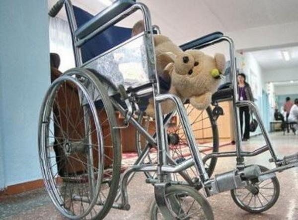 Минобрнауки обещает построить для детей-инвалидов 6 тысяч образовательных учреждений