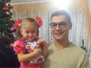 """В Днепропетровске отец спас 3-летнюю дочь, которую """"скорая"""" признала мертвой"""