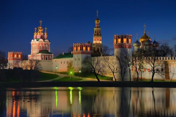 В Новодевичьем монастыре открылась выставка «Московская епархия: вчера и сегодня»