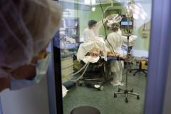 Директор онкологического института: Рак чаще всего вызывают курение и неправильное питание