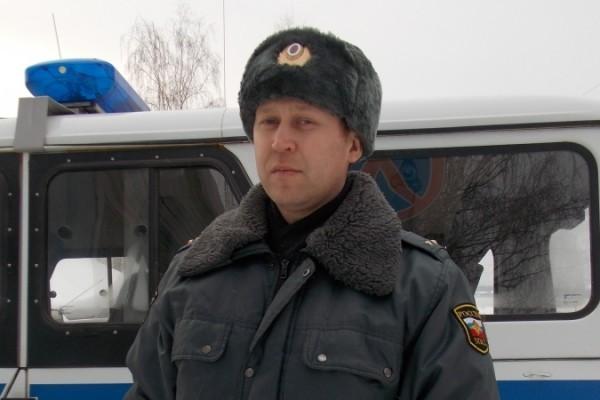 Полицейский из Пермского края спас инвалида из горящего дома