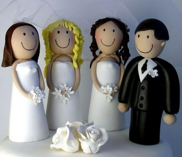В Канаде впервые признаны родительские права полигамной семьи
