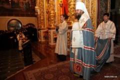 В храмах Украины поминают погибших на Майдане