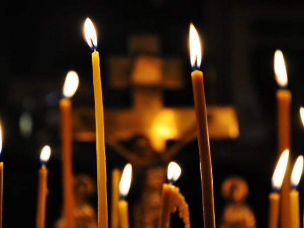 Во всех храмах Украины в день траура состоятся заупокойные богослужения