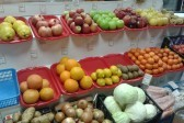 Жители России стали тратить на еду больше половины своих доходов