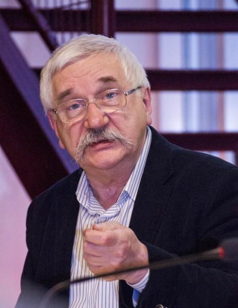 Николай Котрелёв