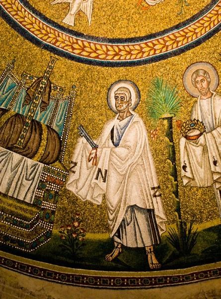 Святой апостол Петр. Мозаика базилики Сан Витале в Равенне. 546–548 г. Италия