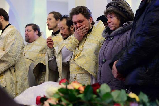 На похоронах матушки Людмилы и раба Божия Владимира