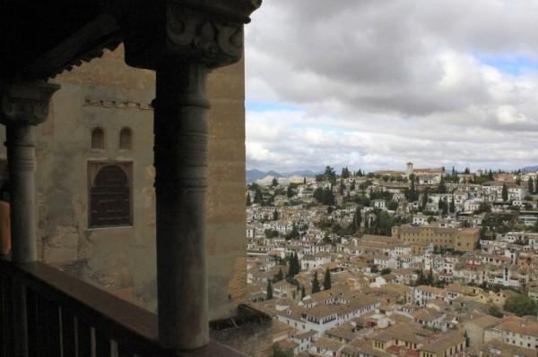 Гранада. Вид на квартал Альбасин из крепости Альгамбра