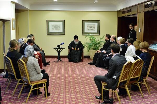 Представители русской диаспоры рассказали Патриарху Кириллу о судьбе афонских подворий