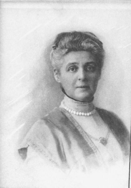 Бабушка, Анастасия Владимировна Хвостова. Фото из архива А.П. Арцыбушева