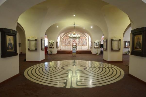 Интерьер нижнего храма Феодоровского собора в Санкт-Петербурге