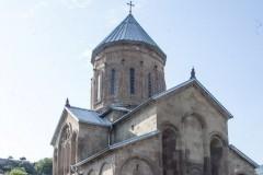Древние и новые святыни Мцхеты: Ежевика святой Нины и могила старца Гавриила