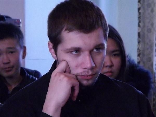 Корнилий. В прошлом году он уходил из семинарии в армию, служил во Владивостоке, на флоте. Считает армию крайне полезным опытом