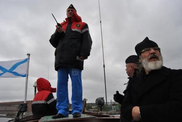 На мостике в море на ТАРПК с командиром, капитаном 1 ранга Цыбиным Олегом Геннадиевичем