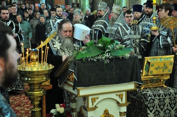 Мощи преподобного Серафима Саровского принесены в Рязань