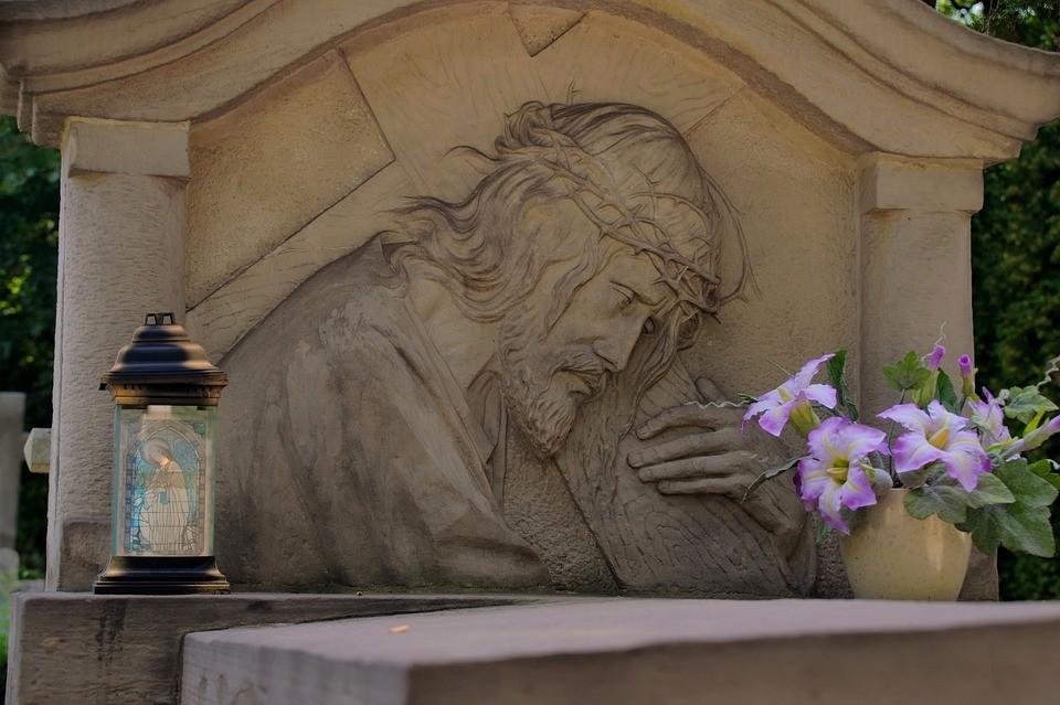 40 дней после смерти - важная веха в прошании с усопшим