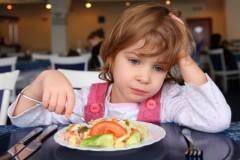 Астахов обвинил детдома в нежелании устраивать сирот в семьи