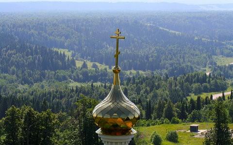 Крестный ход по Байкалу совершили казаки из разных регионов России