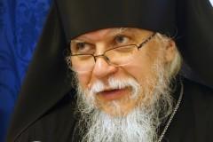 Епископ Пантелеимон: Исполнение заповеди о любви к ближнему невозможно без борьбы со сребролюбием