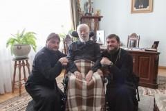 Митрополит Владимир вернулся в резиденцию после лечения в больнице