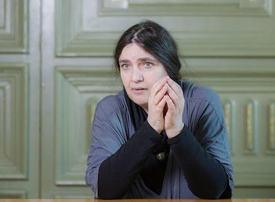 """Анна Шмаина-Великанова о людях, """"верных бессмертию"""""""