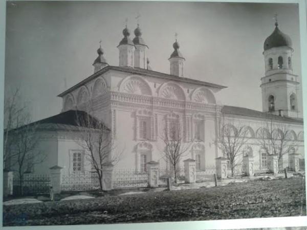 Воскресенский собор в Вятке XVIII век