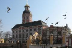 Благовещенский храм Александро-Невской Лавры вернут Церкви