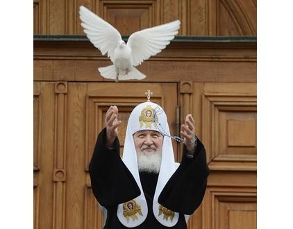 Патриарх Кирилл: Богородица должна стать примером для построения наших отношений с Богом