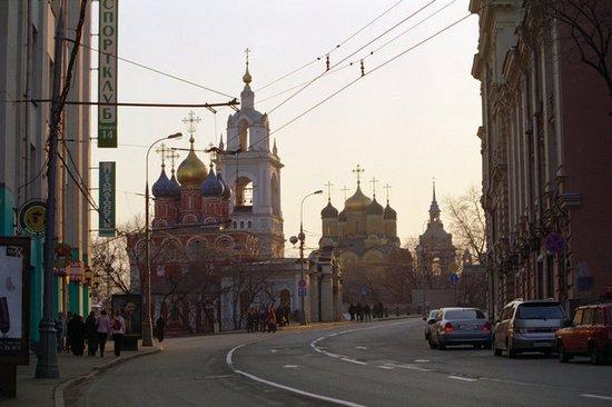 На московской Варварке восстановят все храмы