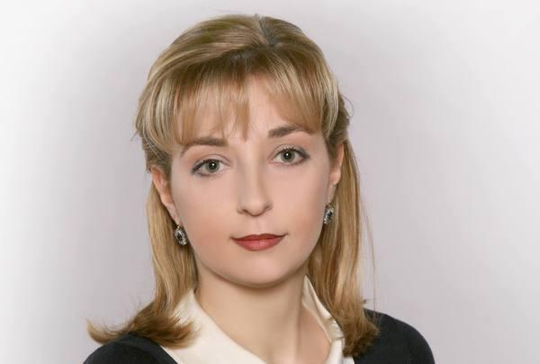 Назарбаев вручил награду автору фильма о политзаключенных