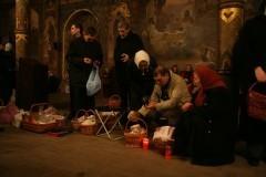 Транспорт в Пасхальную ночь: как добраться домой после службы?