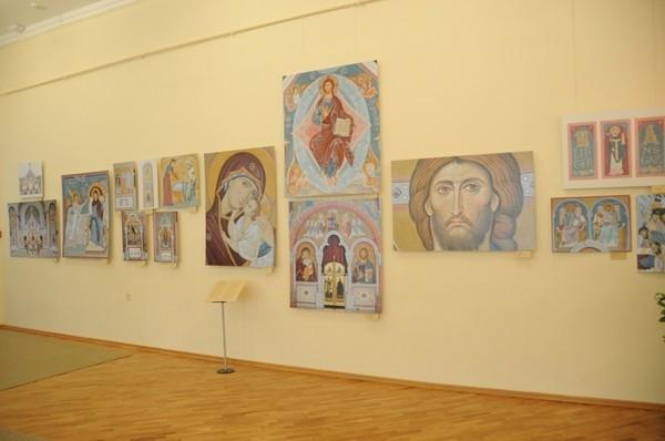 В Ставрополье открылась выставка современного церковного искусства