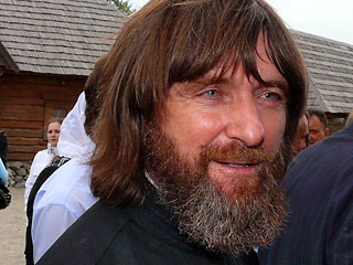 Священник Федор Конюхов стал членом международного клуба гребцов