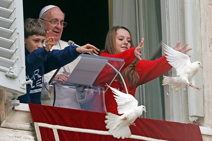 За голубей мира заступится ястреб Сильвия
