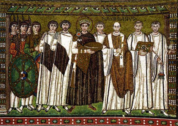 В Византийской империи идея симфонии Церкви и государства была одной из определяющих