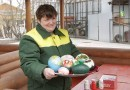 В Нижнем Новгороде к Пасхе расписали страусиные яйца