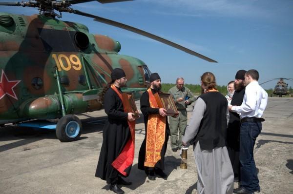 Воздушный крестный ход на военном вертолете совершен в Калужской области