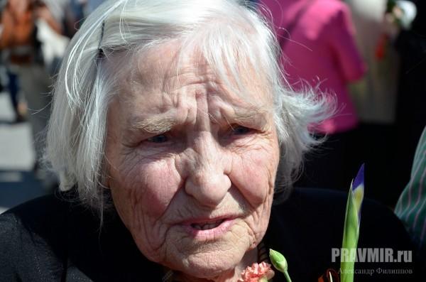 Валентина Лукьянова, встретила войну в Москве, попала в окружение подо Ржевом, всю  войну проработала водителем на полуторке, встретила войну в Кенигсберге.