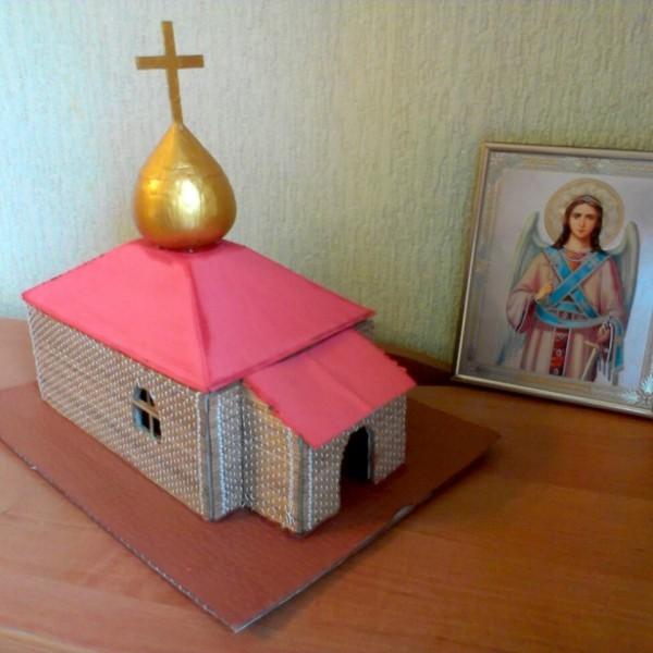 Во имя мира в Харькове за один день возведут православный храм