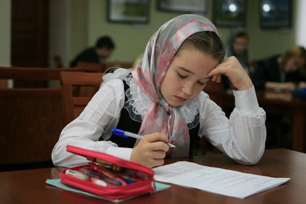 Есть ли польза от основ религии в школе? Ответы экспертов и родителей