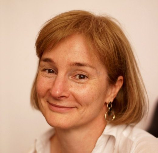 Алена Синкевич: Учить детей из детдомов в обычных школах — правильно