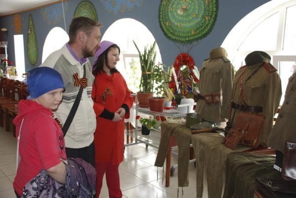 В Орской епархии прошла выставка военной формы