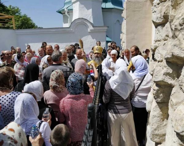 День-памяти-святителя-Христова-Николая-в-Святогорской-Лавре-311