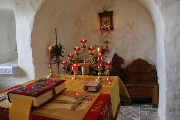 День-памяти-святителя-Христова-Николая-в-Святогорской-Лавре-421