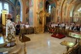 Архиепископ Горловский и Славянский Митрофан: Человек, который оружие взял в руки, может при этом совершать богослужение?