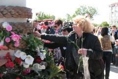 В Севастополе освятили памятник героям, которые погибли, спасая детей
