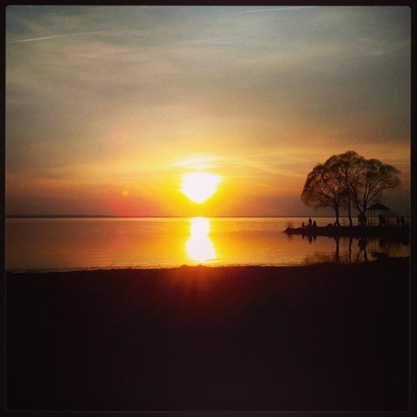 Закат на Плещееве озере