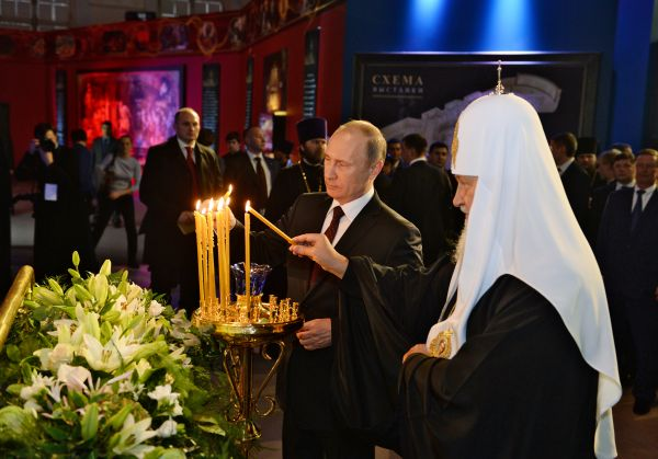 Патриарх Кирилл с президентом В. Путиным